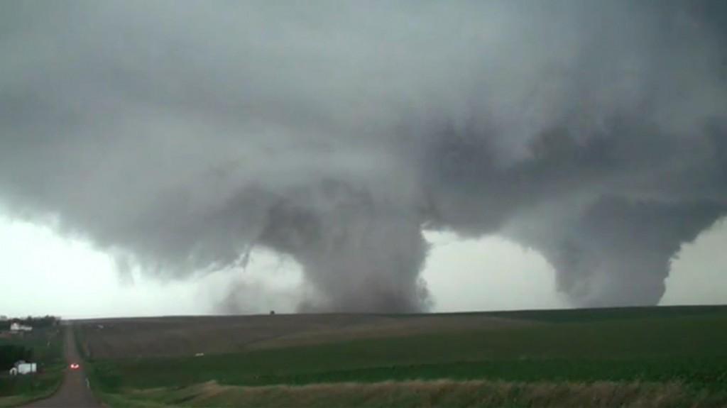 nebraska twin tornado